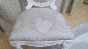 Очистить мягкую мебель в домашних условиях
