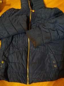 Чем отстирать жирные пятна на курточке