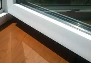 Чем очистить плёнку на оконных рамах? Апельсиновым маслом AMV!